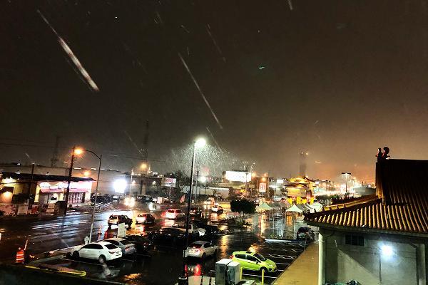 雪のチャイナタウン